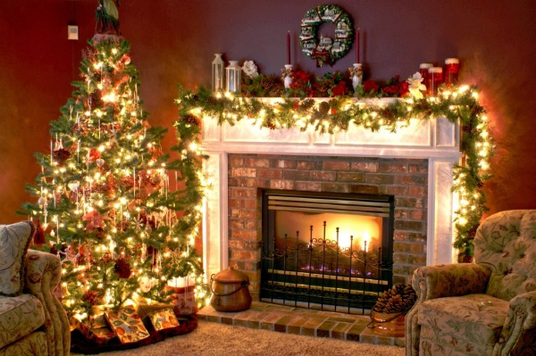 ChristmasTreeandFireplace